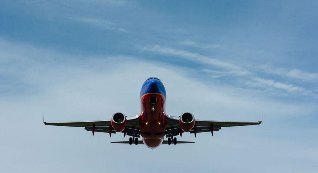 flight tracker low flying planes